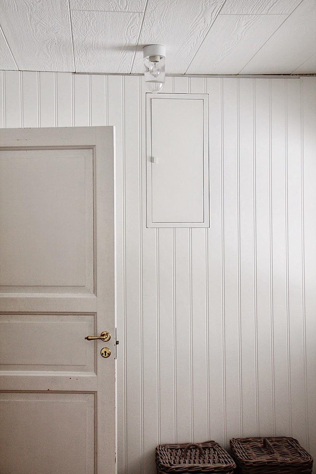 A house with a view: taklampor till tvÄttstugan