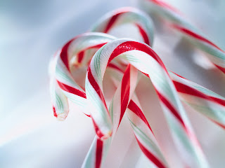 Free Download Yummy Candy Cane Wallpaper