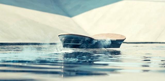 レクサスが宙に浮く「ホバーボード」を開発!?最新映像が公開され話題に。