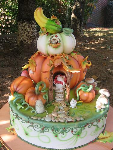Green Pumpkin Bakery Cakes