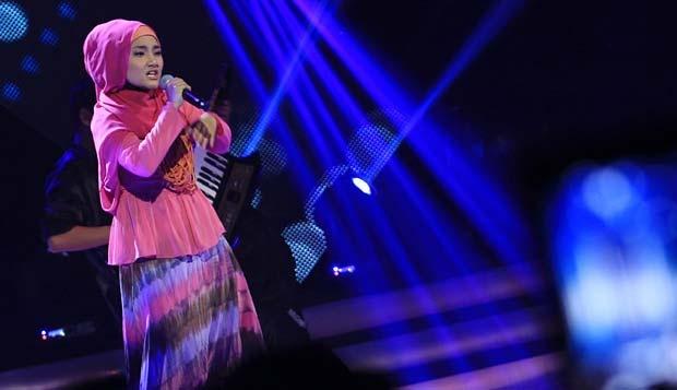 pada babak gala show eliminasi x factor indonesia di studio 8 rcti ...