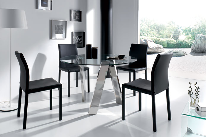 El blog de casa nueva mesas de comedor en cristal for Mesa comedor redonda cristal