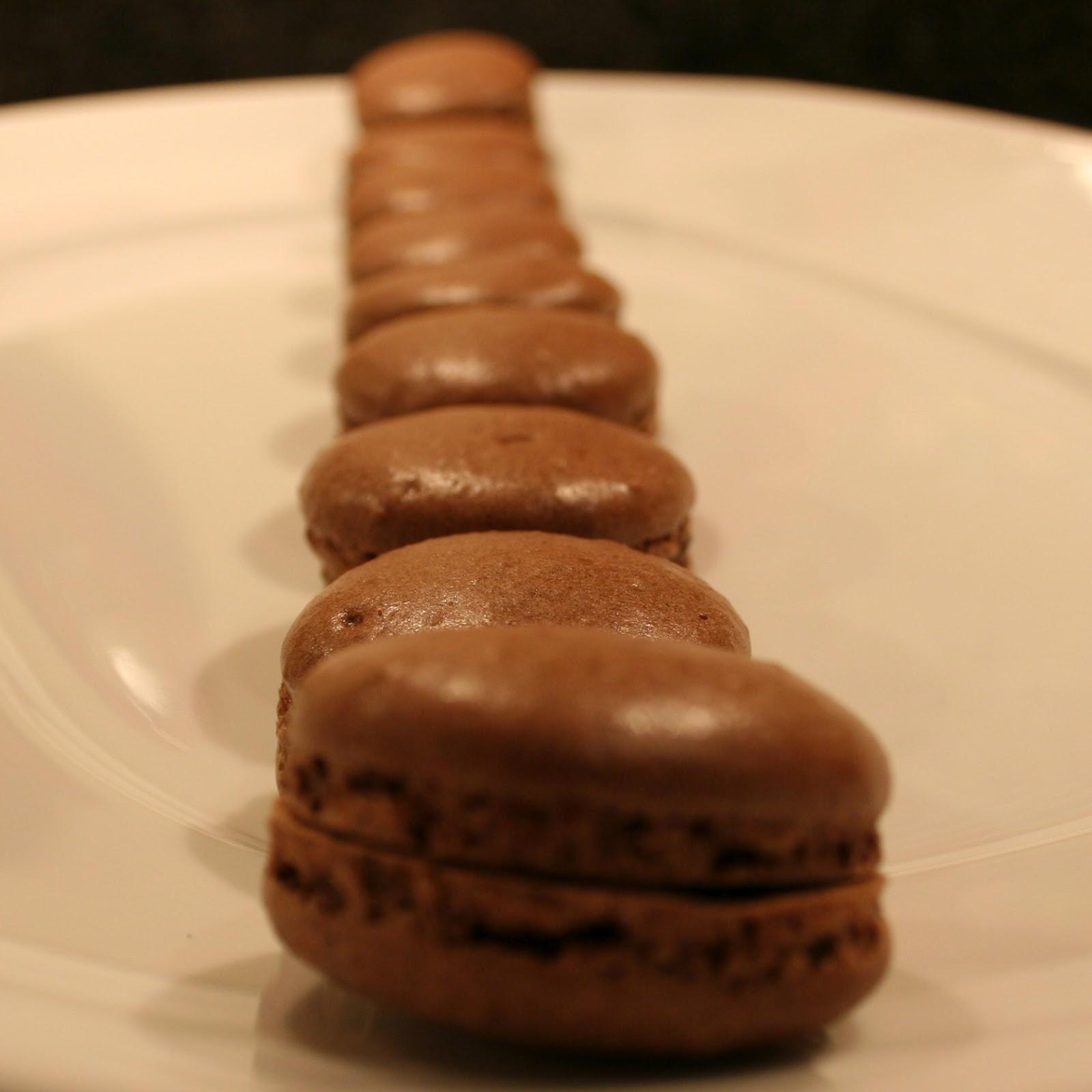 Pâtisserie Nadine: Macarons au Chocolat - French Chocolate ...