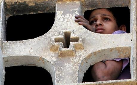 http://4.bp.blogspot.com/-voOwrLC6nv8/Ty3aslLacsI/AAAAAAAAWvs/3dM0aO0Wpm8/s1600/egypt-christians.jpg