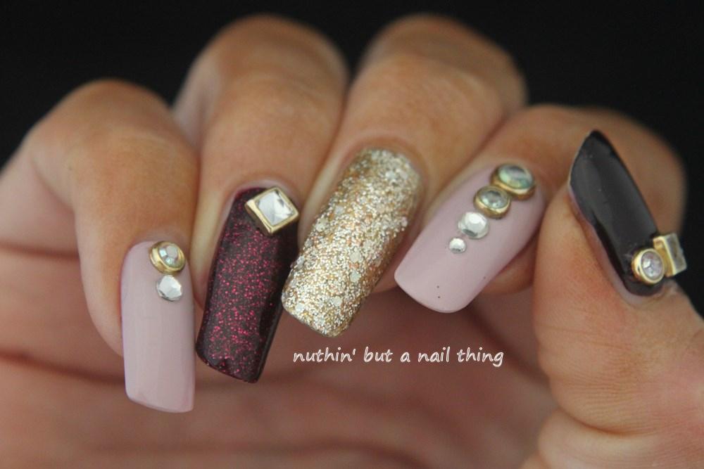 Sparkle Glitter Nail Art Design Ideas