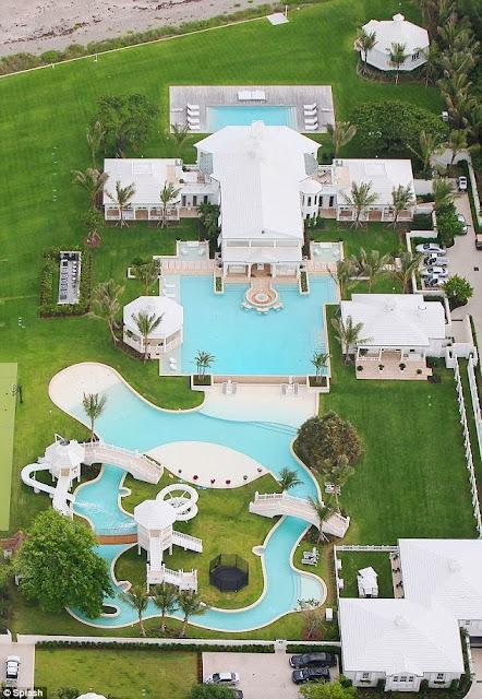 Aerial view of Celine Dion's Jupiter Island home