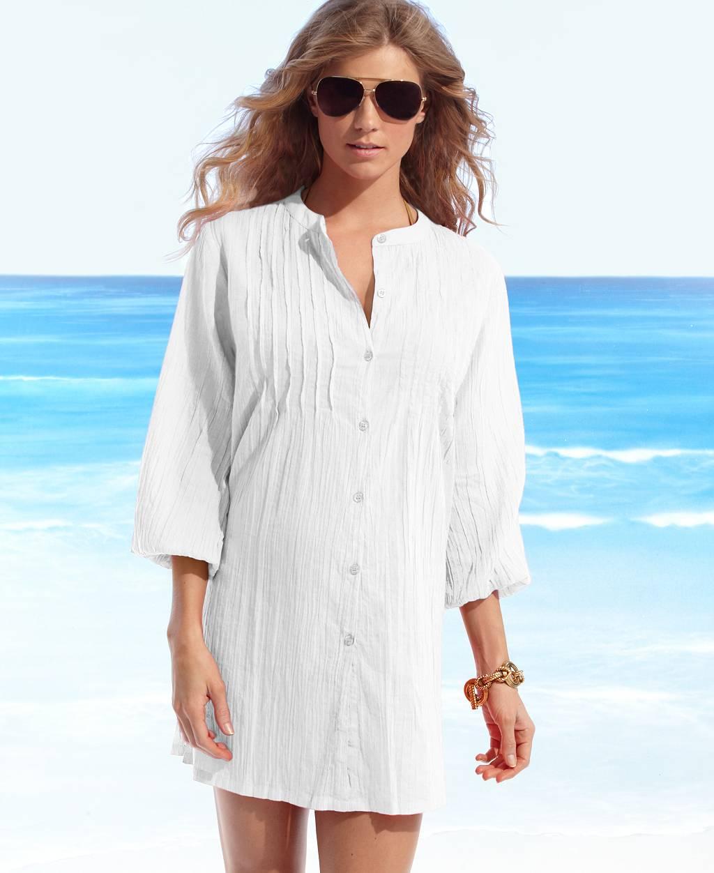 Белая рубашка на пляж фото