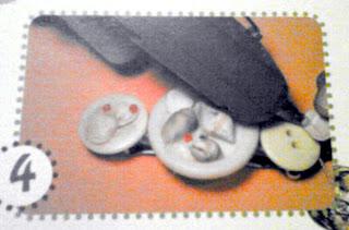 Pegando caracolas en botones