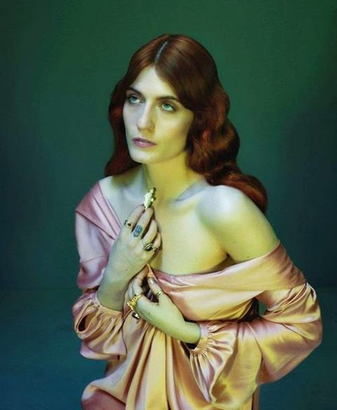 http://weheartit.com/entry/53355871/in-set/7168059-florence-the-machine?context_user=YourFist&page=34