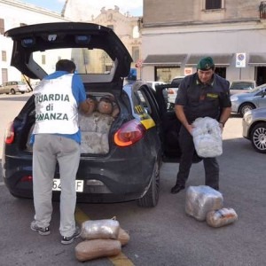 Policia italiane sekuestron 167 kg drogë nga Shqipëria