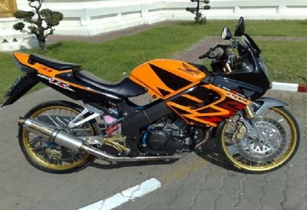 1000 Gambar Modifikasi Motor CBR 150 R