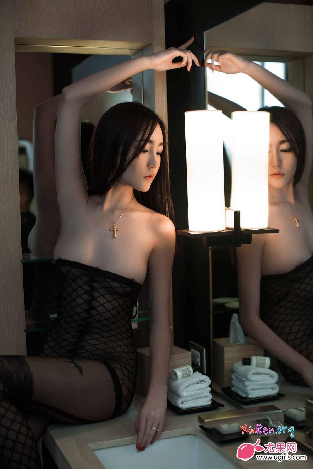 Ảnh gái đẹp HD mình dây ngực khủng bố 1