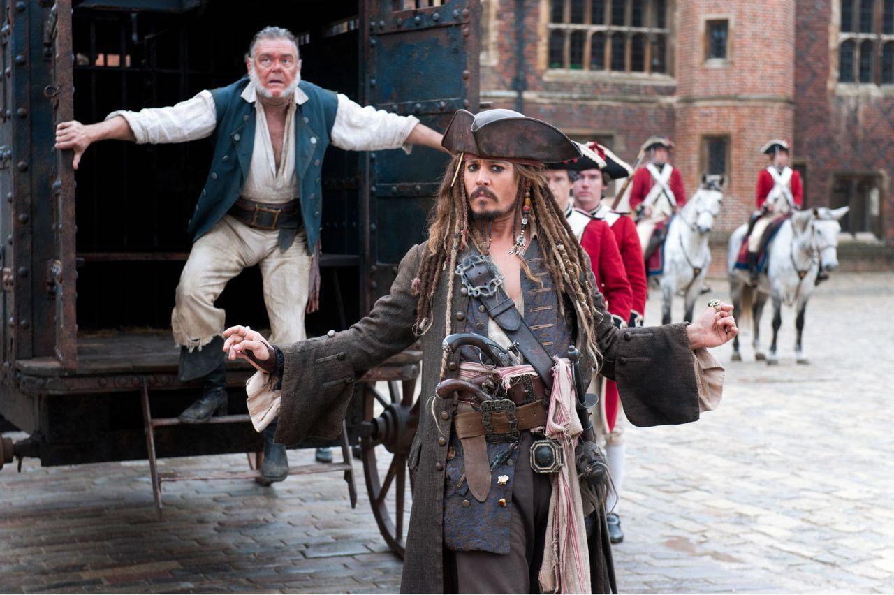 http://4.bp.blogspot.com/-vprQ2a3tKDw/TdF1Mix0yWI/AAAAAAAABl8/CZz9oE0gwt4/s1600/Piratas-4-21Mar2011.jpg