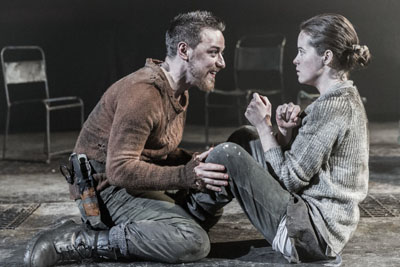 James McAvoy (Macbeth) & Claire Foy (Lady Macbeth) in Macbeth, Trafalgar Studios, Photo Johan Persson