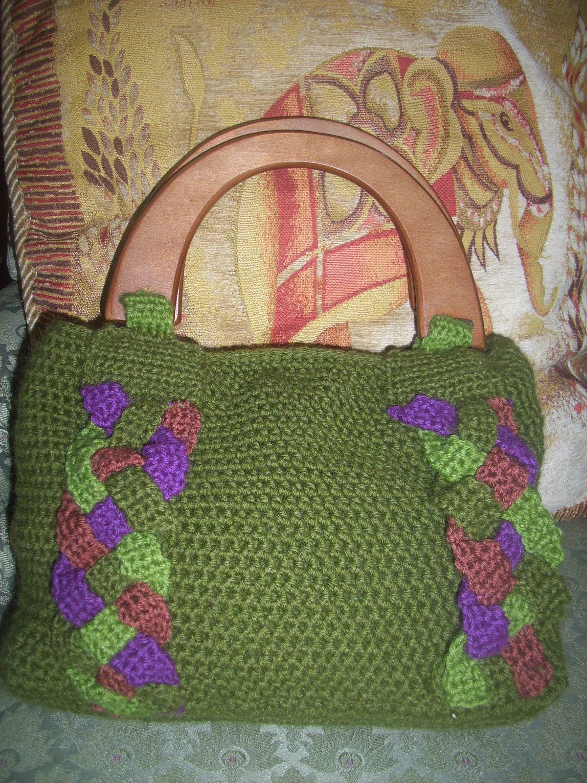 Cavendish Classic Crafts Free Pattern The Celtic Carryall