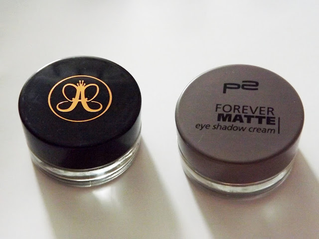 Dupe Anastasia Beverly Hills Dipbrow Pomade taupe Forever Matte Eyeshadow Cream in 005 just right
