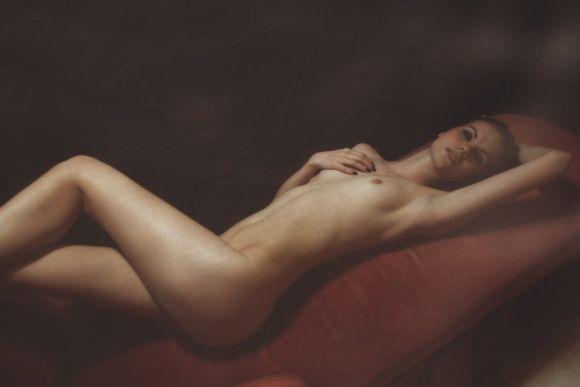 Nadi Hammouda fotografia mulheres modelos seminuas sensuais provocantes belas