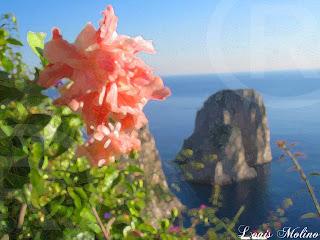 foto dei faraglioni di Capri