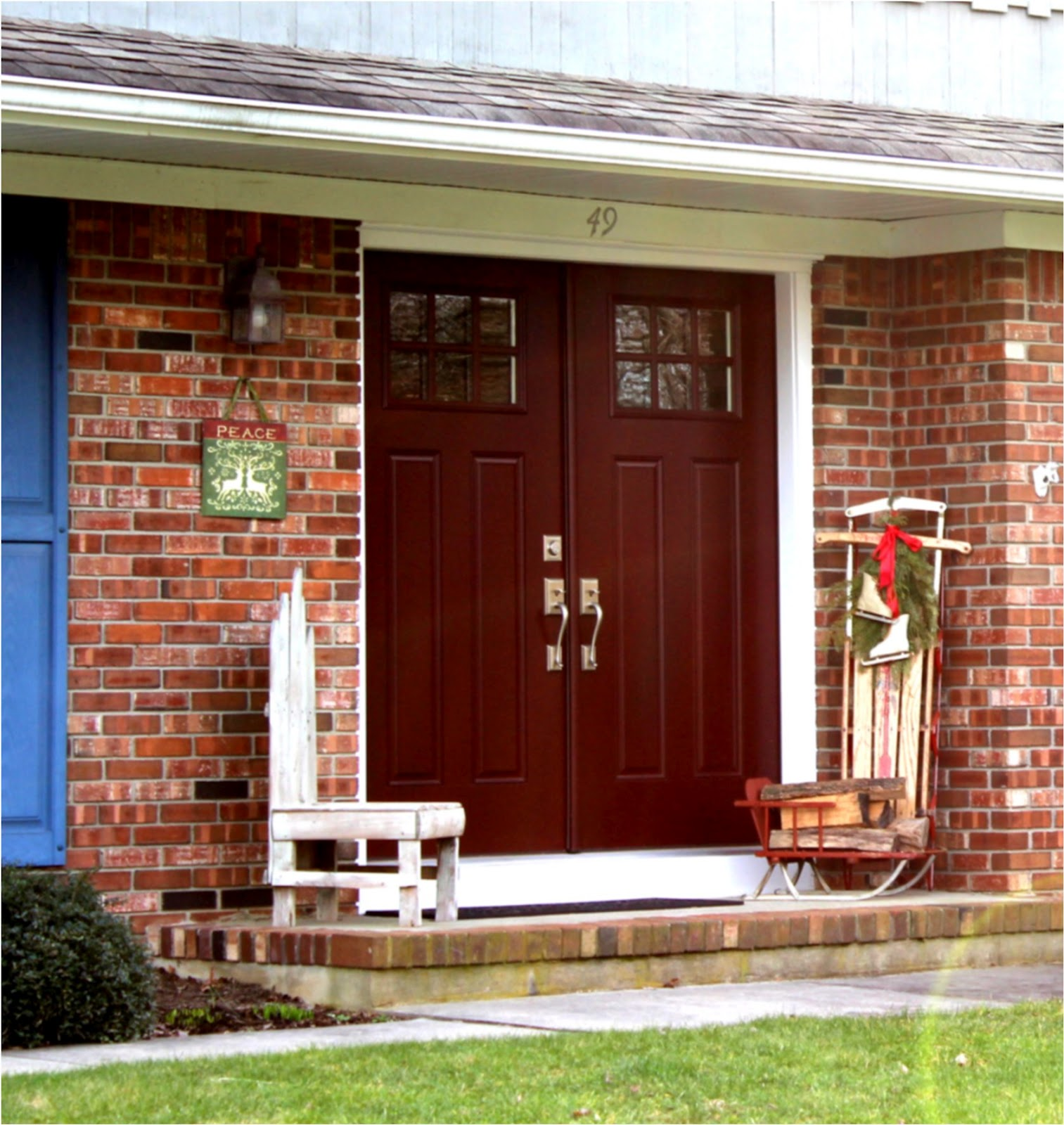Front door colors front doors and high windows on pinterest - Exterior door paint color ideas property ...