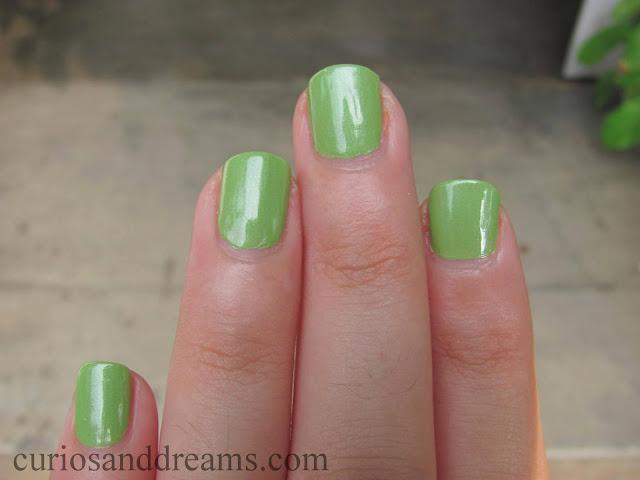 Lakme Color Crush Nail Polish 53 review, Lakme Color Crush Nail Polish 53 swatch, Lakme Color Crush Nail Polish 53