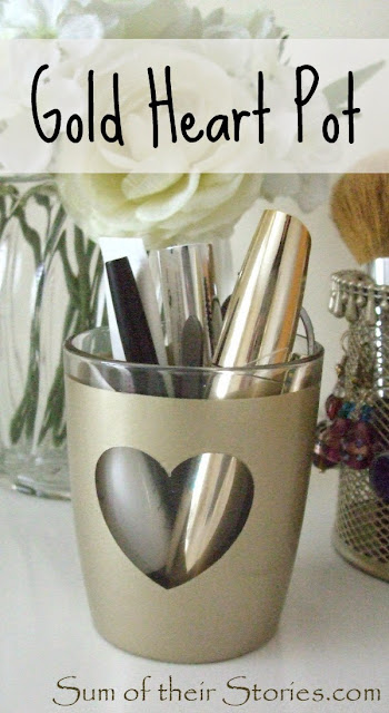 Gold heart makeup brush pot