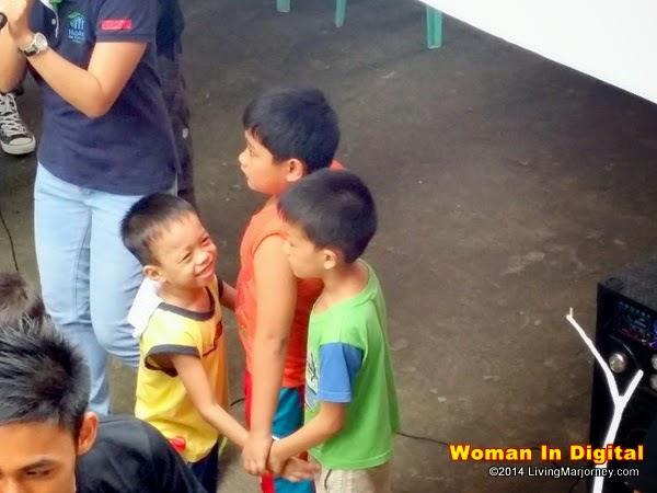 Habitat Gift Giving #WomanInDigital