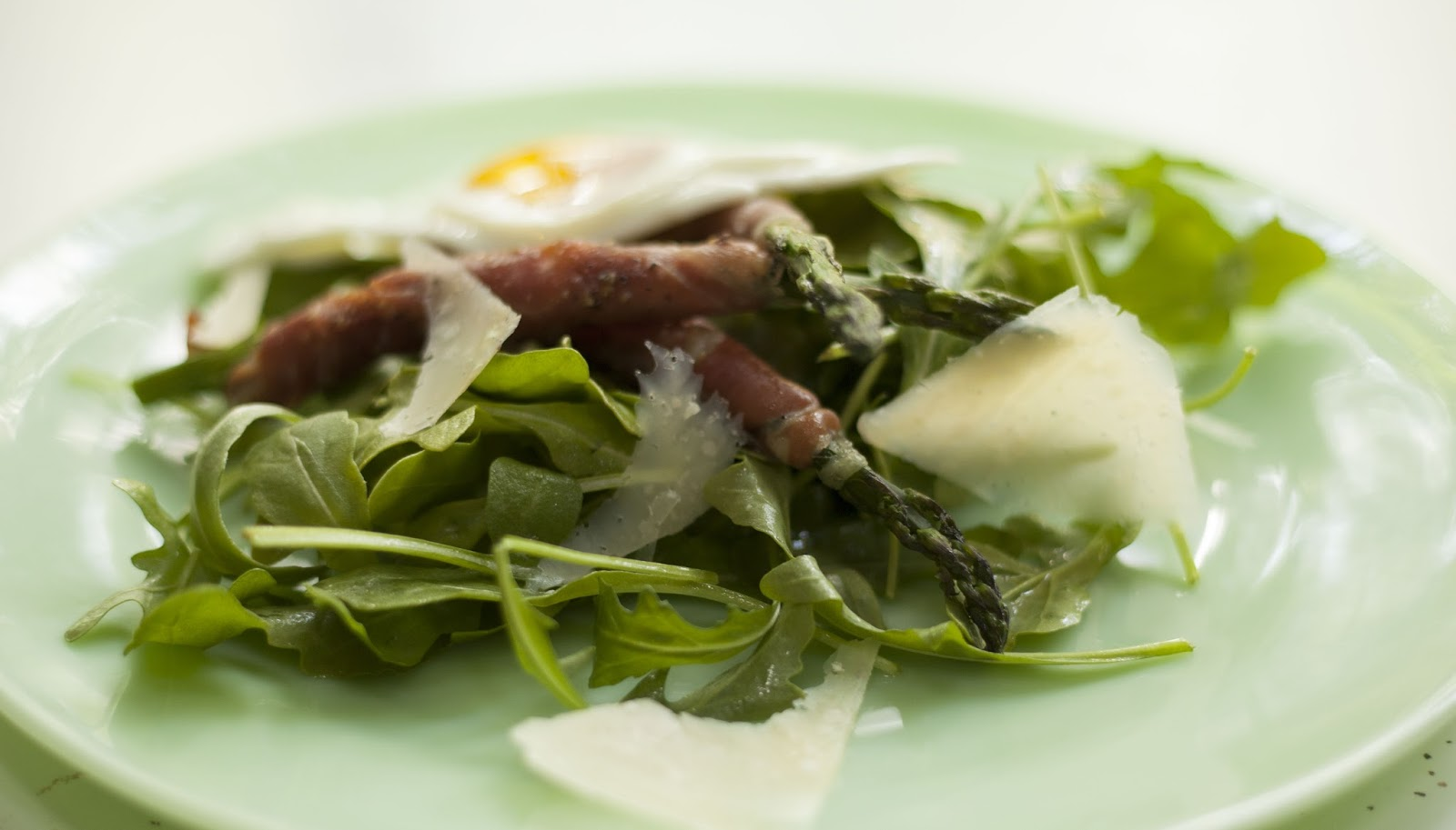 Arugula Salad With Pears, Prosciutto & Aged Gouda Recipes — Dishmaps