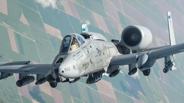 Στο κόκπιτ ενός A-10 Thunderbolt II [Βίντεο]