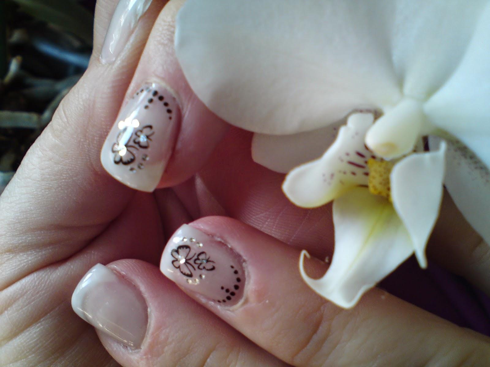 http://lunalithe.blogspot.fr/2012/05/classique-et-papillon.html