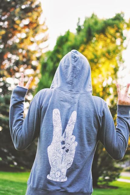 peace+fingers+symbol - Peace Hoody