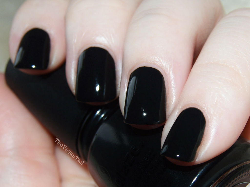 china glaze liquid leather swatch