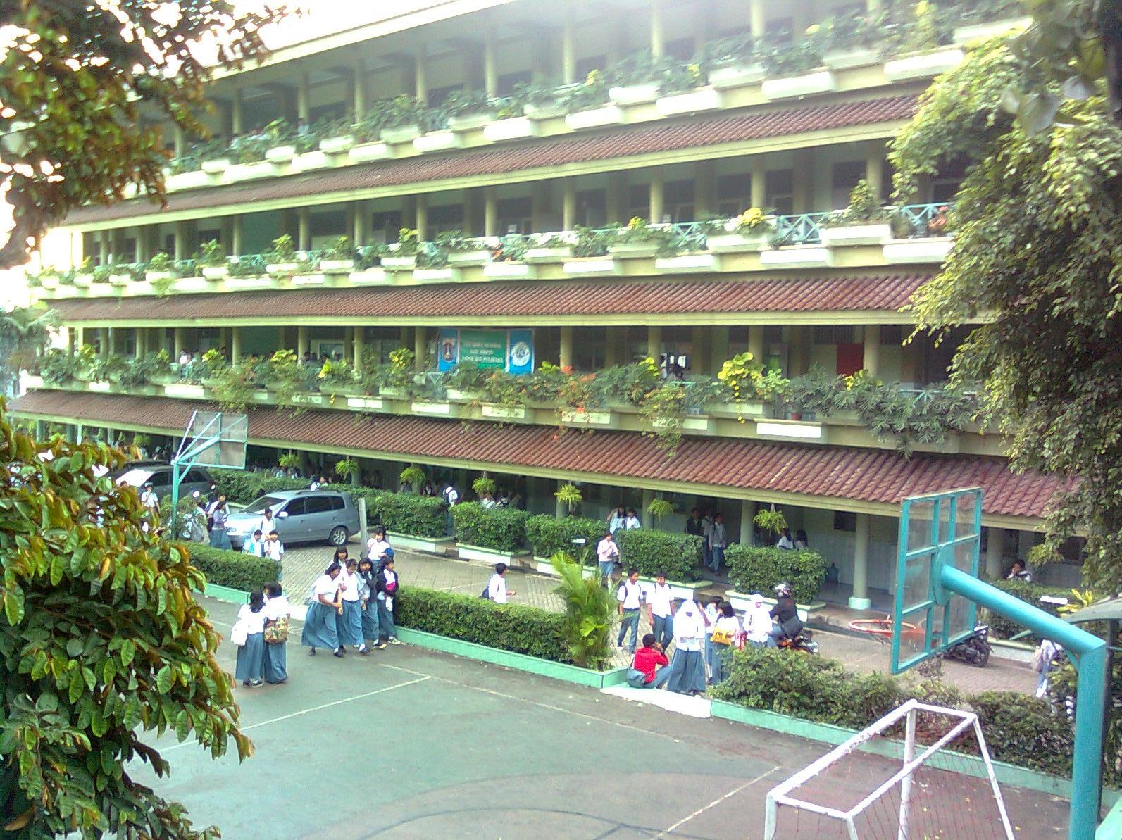 SMA Negeri 85 Jakarta