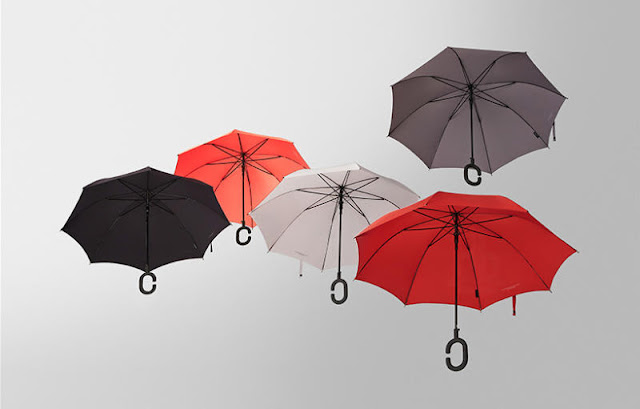 Phone-brella, the new phone umbrella