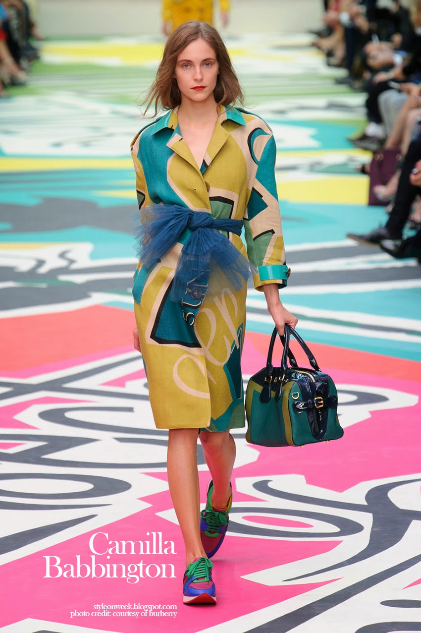Camilla Babbington at Burberry Prorsum Womenswear Spring-Summer 2015 Collection Look