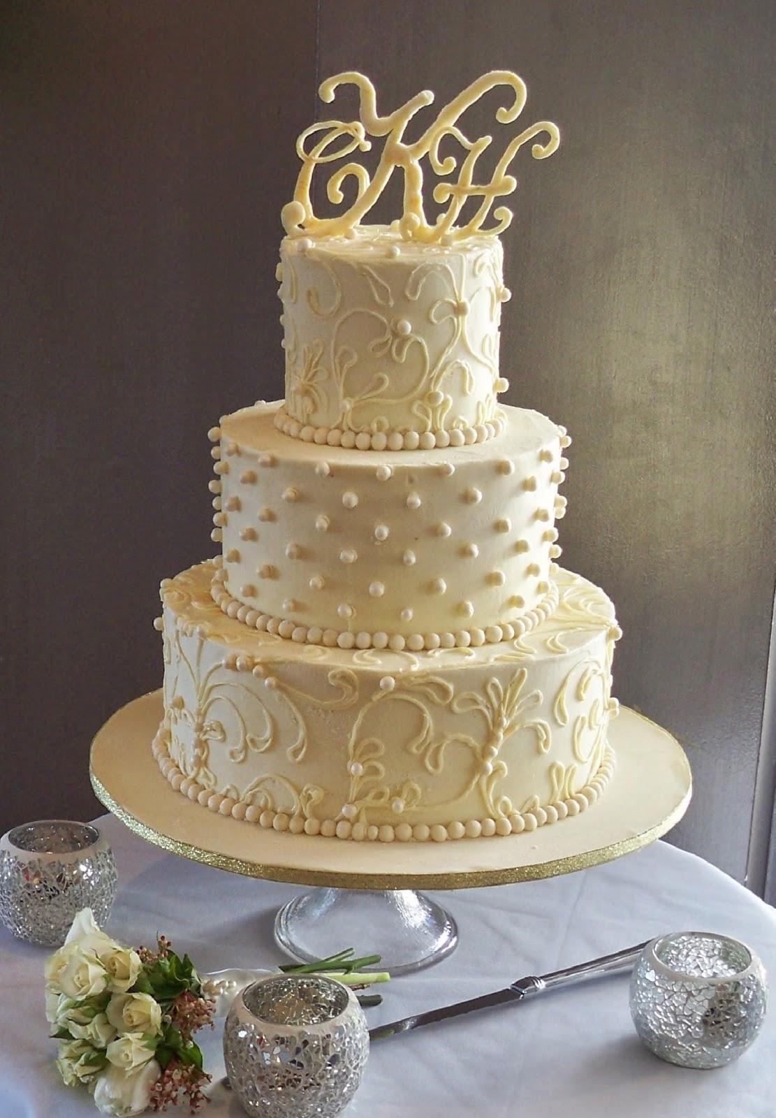White Chocoalte Ganache Lace Wedding Cake Elisabeth S Wedding Cakes
