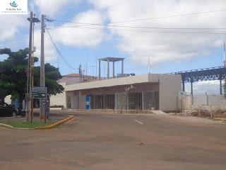 Boxes em construção no aeroporto de Juazeiro do Norte.