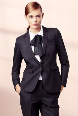 traje chaqueta americana mujer y pantalón H&M