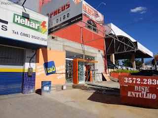 Nova agência do Banco Itaú em construção na Av. Pe. Cícero.
