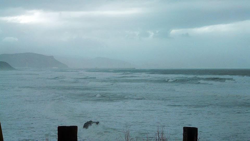 viento sur olas sopelana