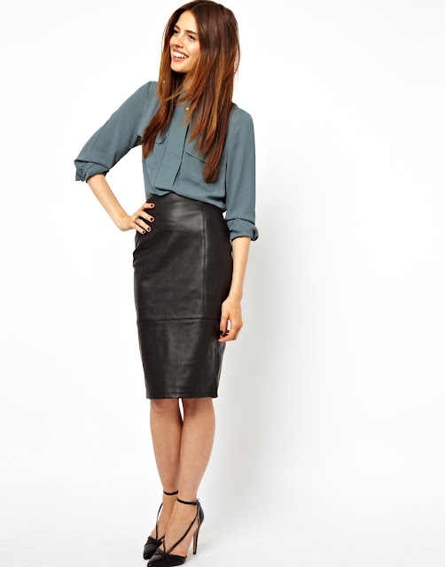 faux leather skirt, black