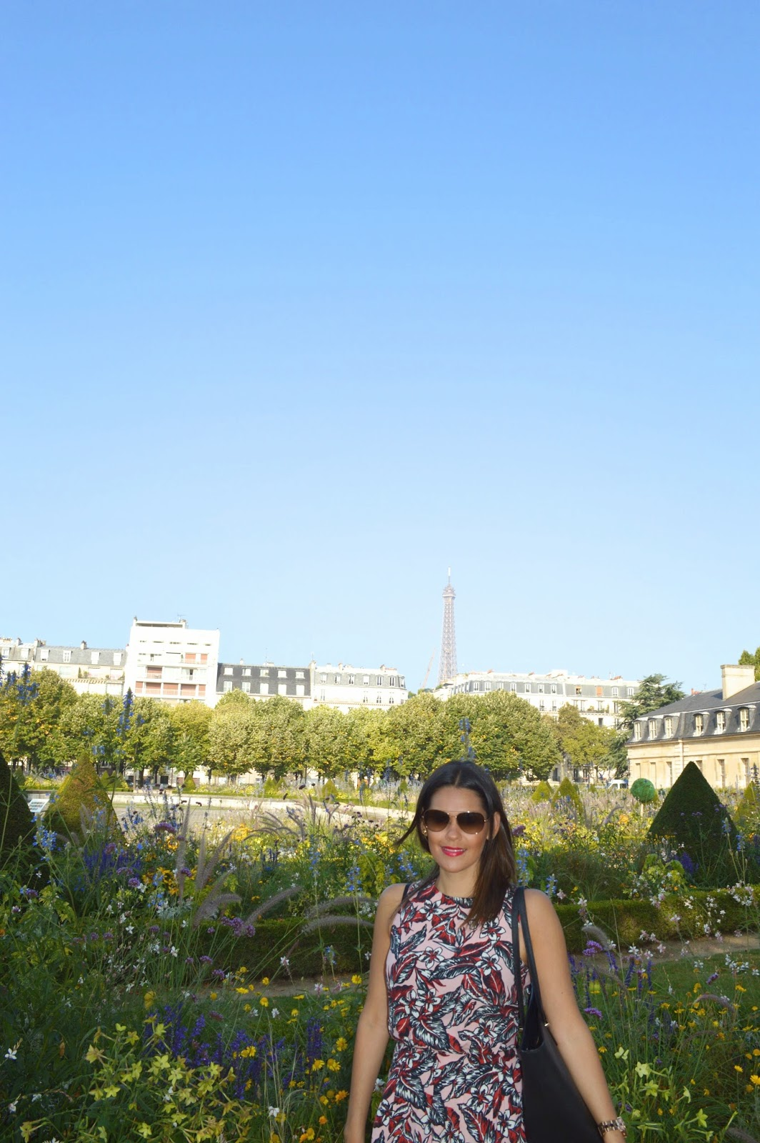 Marifer at the garden of Les Invalides