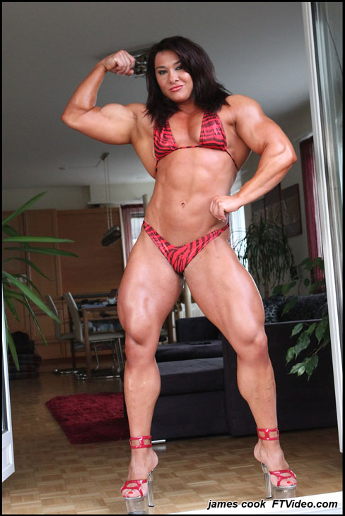 Alina Popa Female Muscle Bodybuilding Blog Legs