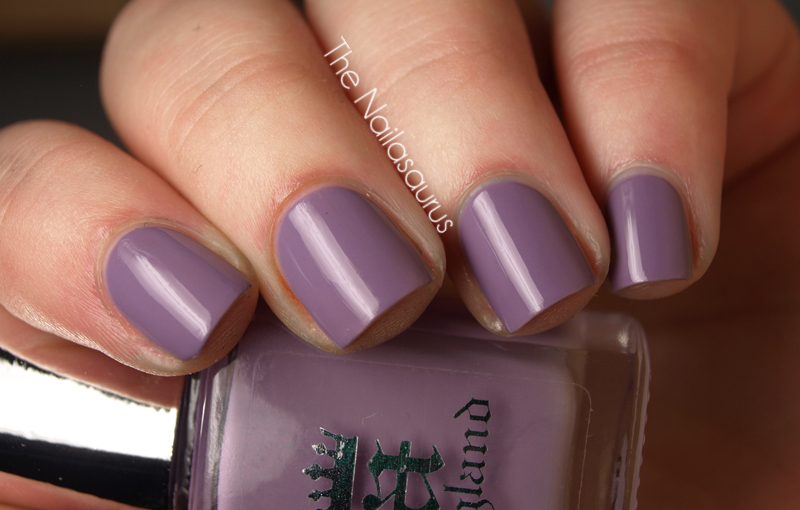 A-England Guinevere Swatch
