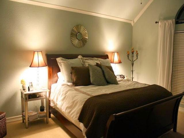 Best bedroom paint colors for relaxation for Warm colors for small bedrooms
