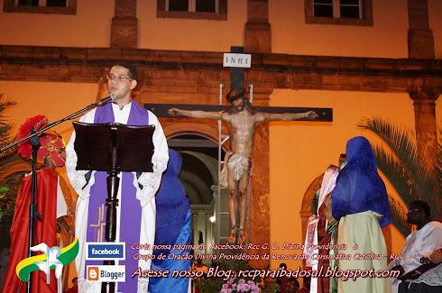 Sexta Feira Santa 18/04/2014: Sermão do Descendimento da Cruz e Procissão do Senhor morto.