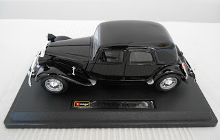 citroën traction avant 15 cv 1/24 scale