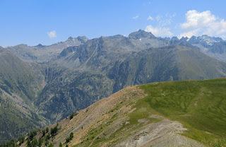 Mont Tenibre 3031 m seen from Tête de Vinaigre