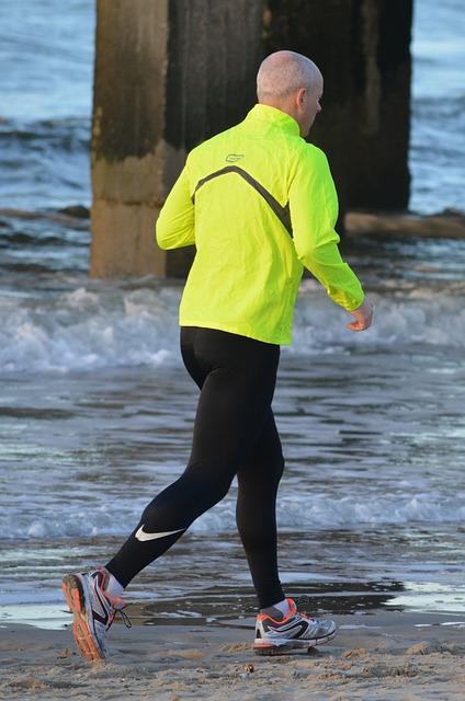 8cfc027574d3 Każdy maratończyk swą karierę biegową rozpoczynał od małych kroczków. Na  początku najważniejsze było samozaparcie