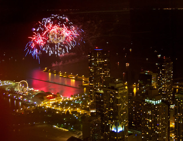 Chicago fireworks. Freelance photographer, Tammy Sue Allen