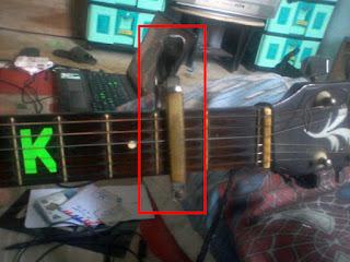 Cara Membuat Penjepit Gitar (Capo) Sederhana